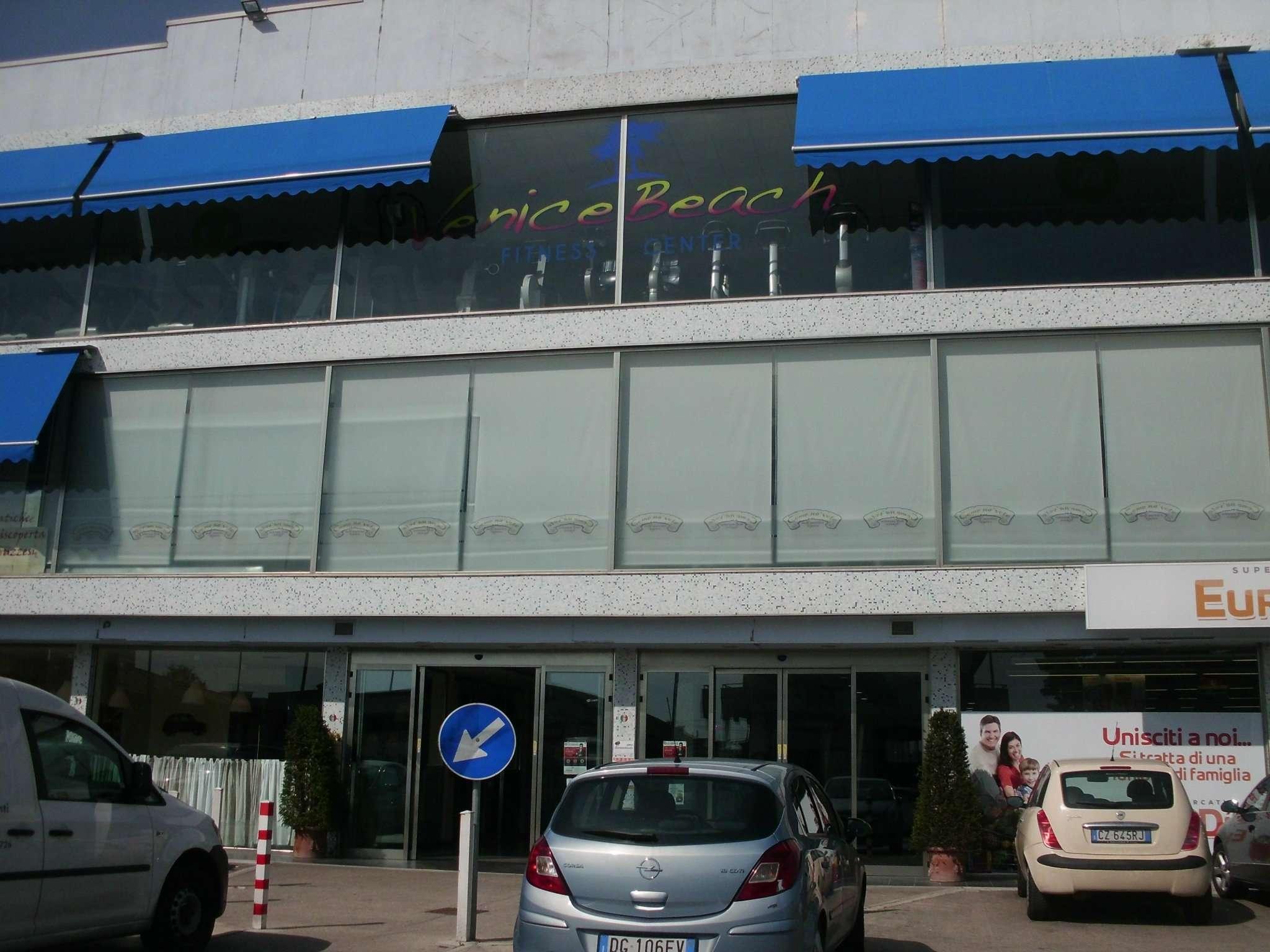 Ufficio / Studio in affitto a Silvi, 1 locali, prezzo € 150 | CambioCasa.it