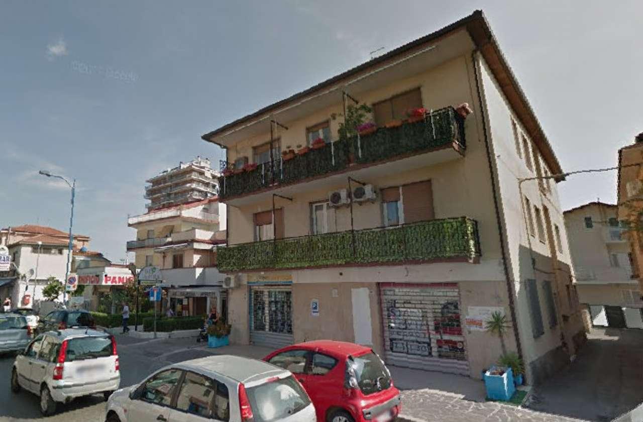 Ufficio / Studio in affitto a Montesilvano, 1 locali, prezzo € 250 | CambioCasa.it