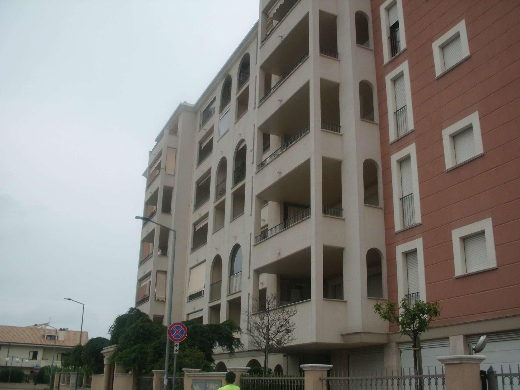 Appartamento in affitto a Montesilvano, 4 locali, prezzo € 640 | CambioCasa.it