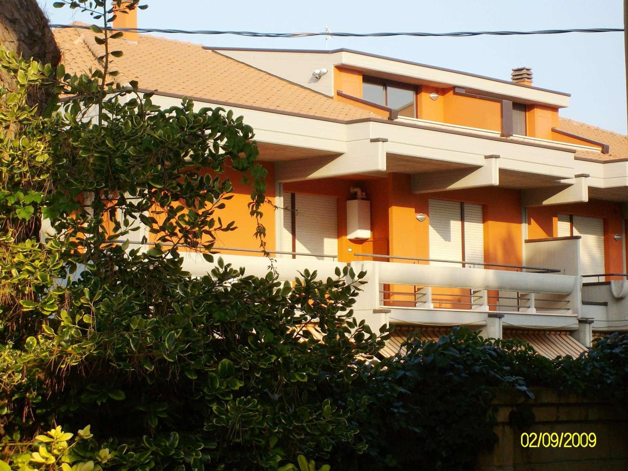 Appartamento in affitto a Elice, 2 locali, prezzo € 290 | CambioCasa.it