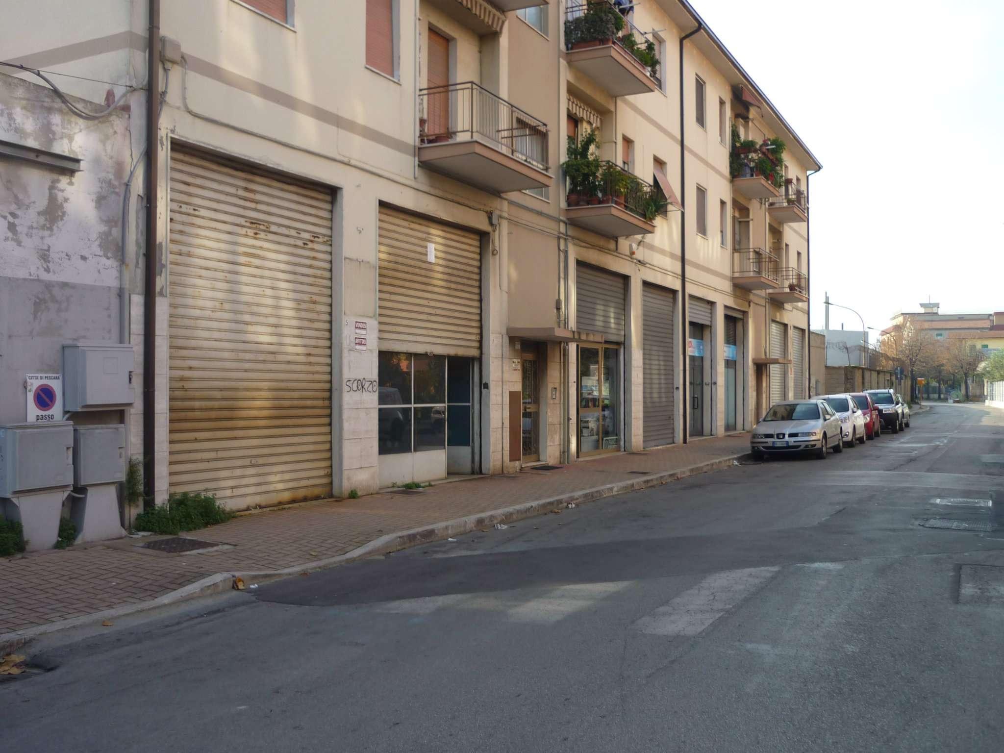 in zona Torri Camuzzi immobile ad uso commerciale sito in Via Tavo. Rif. 5007236