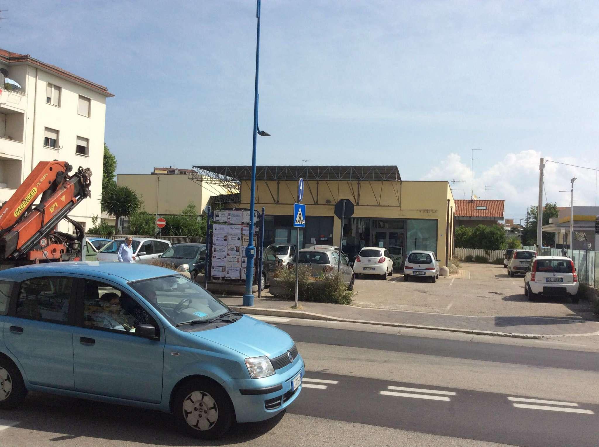 Affittasi Locale Commerciale Montesilvano