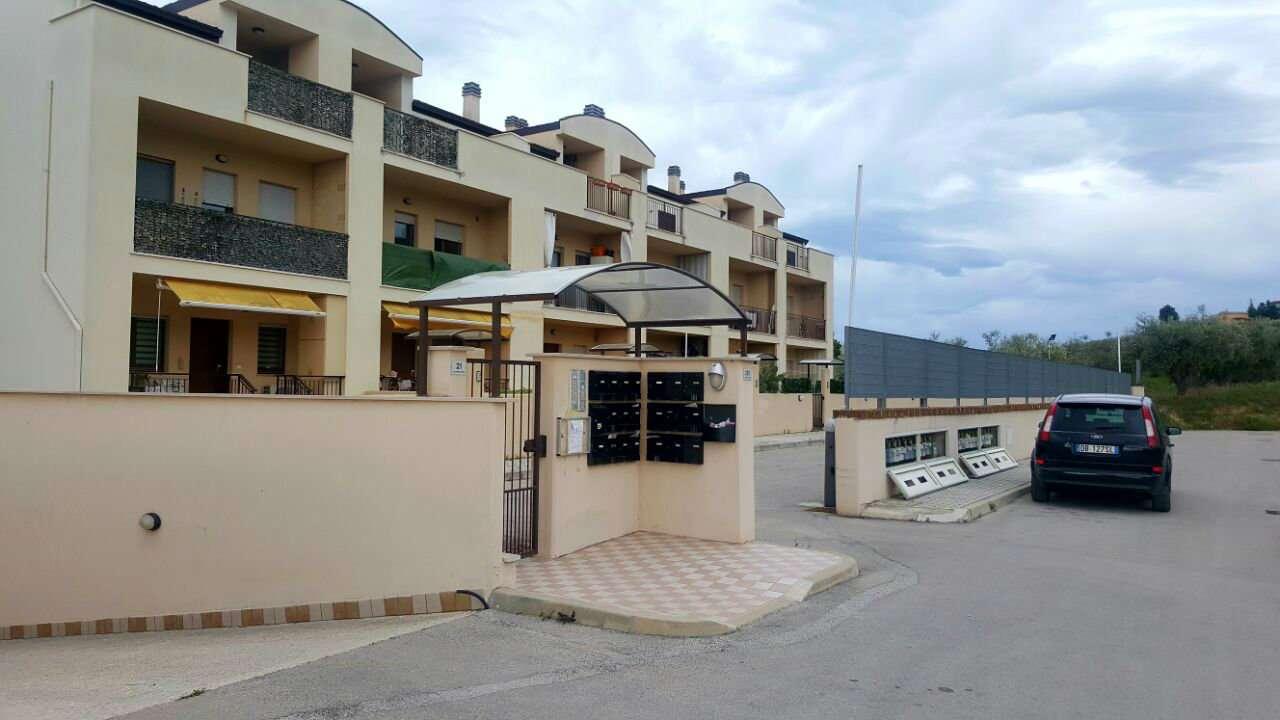 Appartamento in vendita a Montesilvano, 1 locali, prezzo € 50.000 | CambioCasa.it
