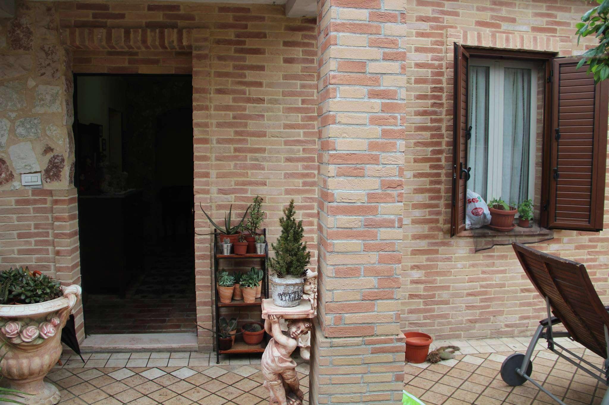 Casa Indipendente ristrutturato arredato in vendita Rif. 5007447