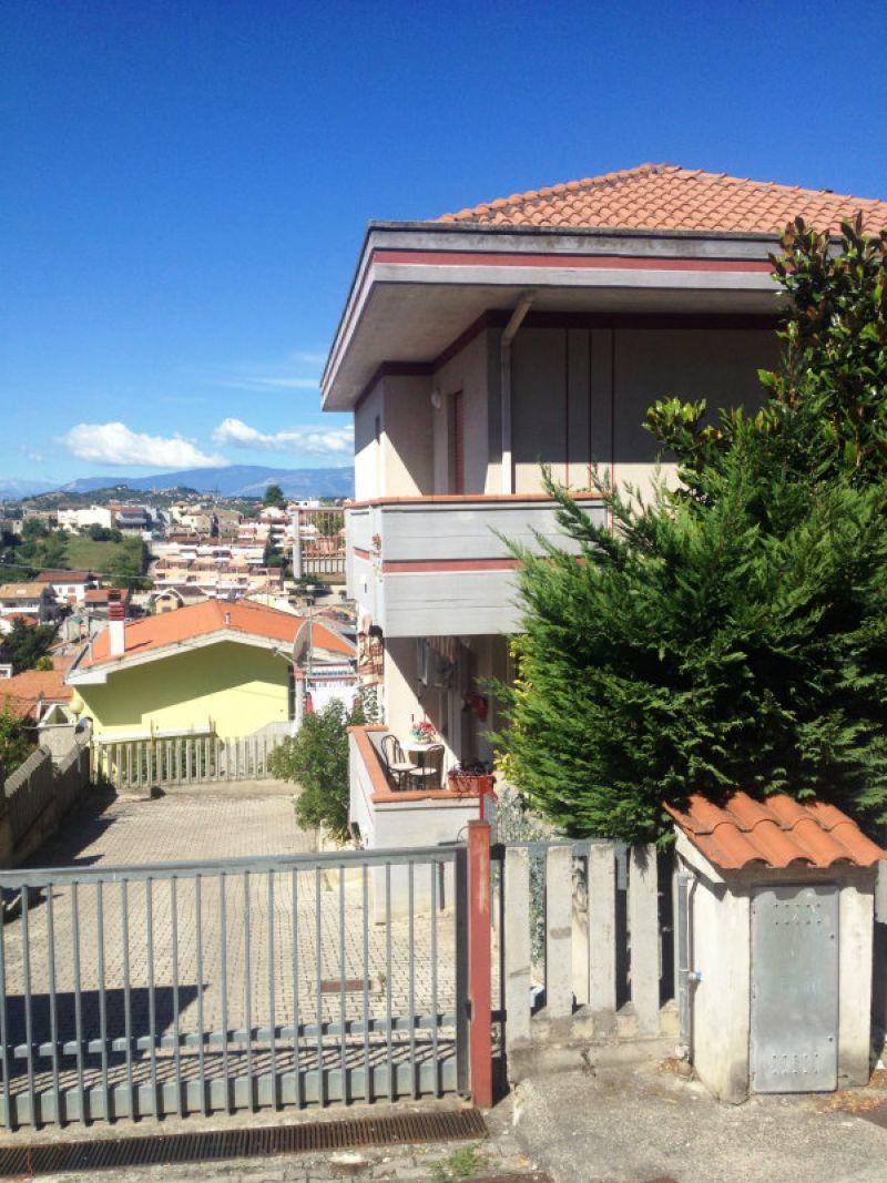 Appartamento ristrutturato in vendita Rif. 5007359