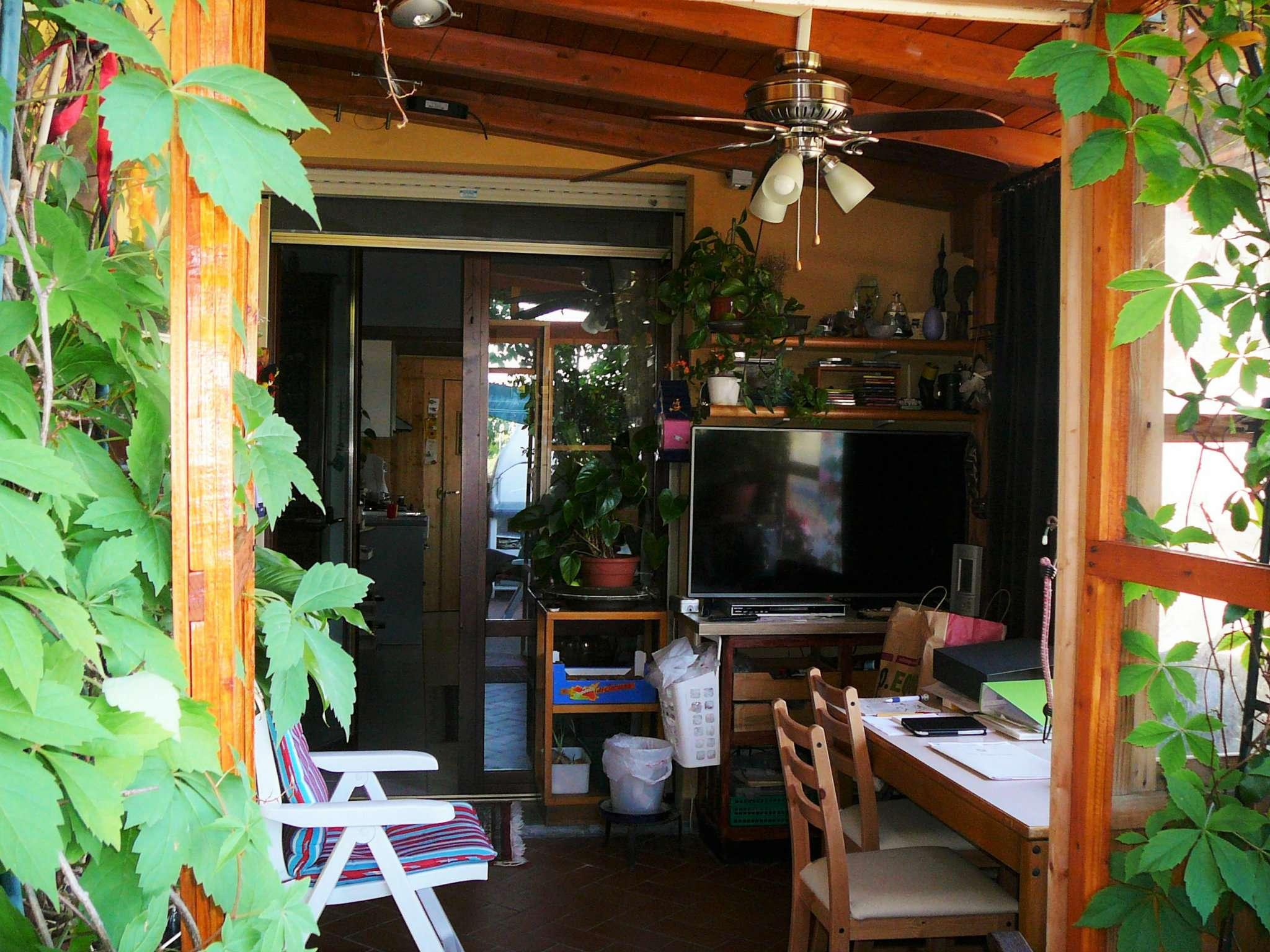 Appartamento in ottime condizioni parzialmente arredato in vendita Rif. 5007964