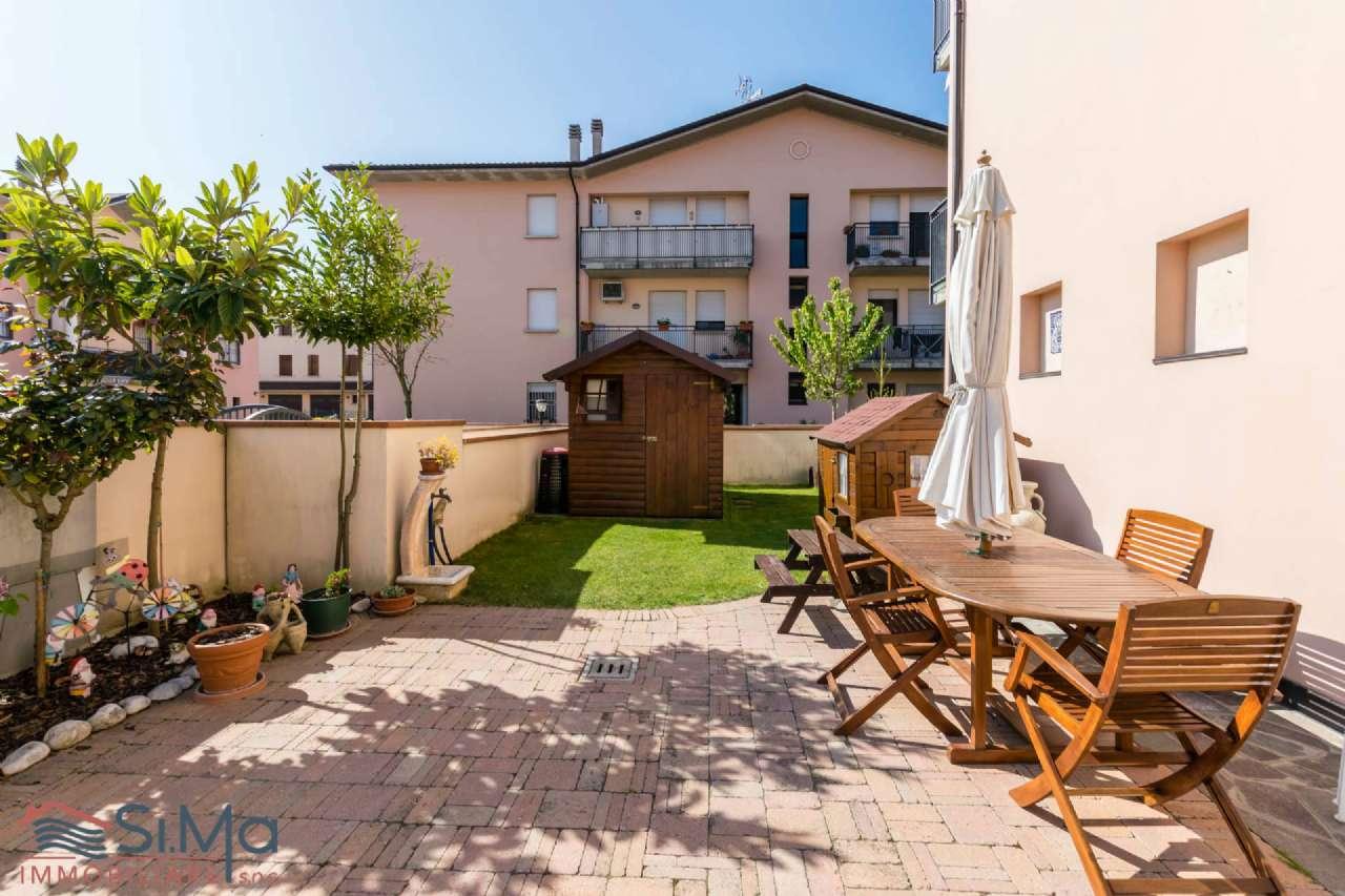 Appartamento in ottime condizioni in vendita Rif. 5007972