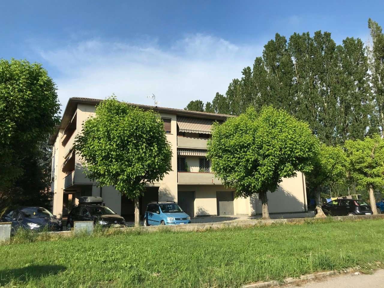 Appartamento in buone condizioni in vendita Rif. 6511019