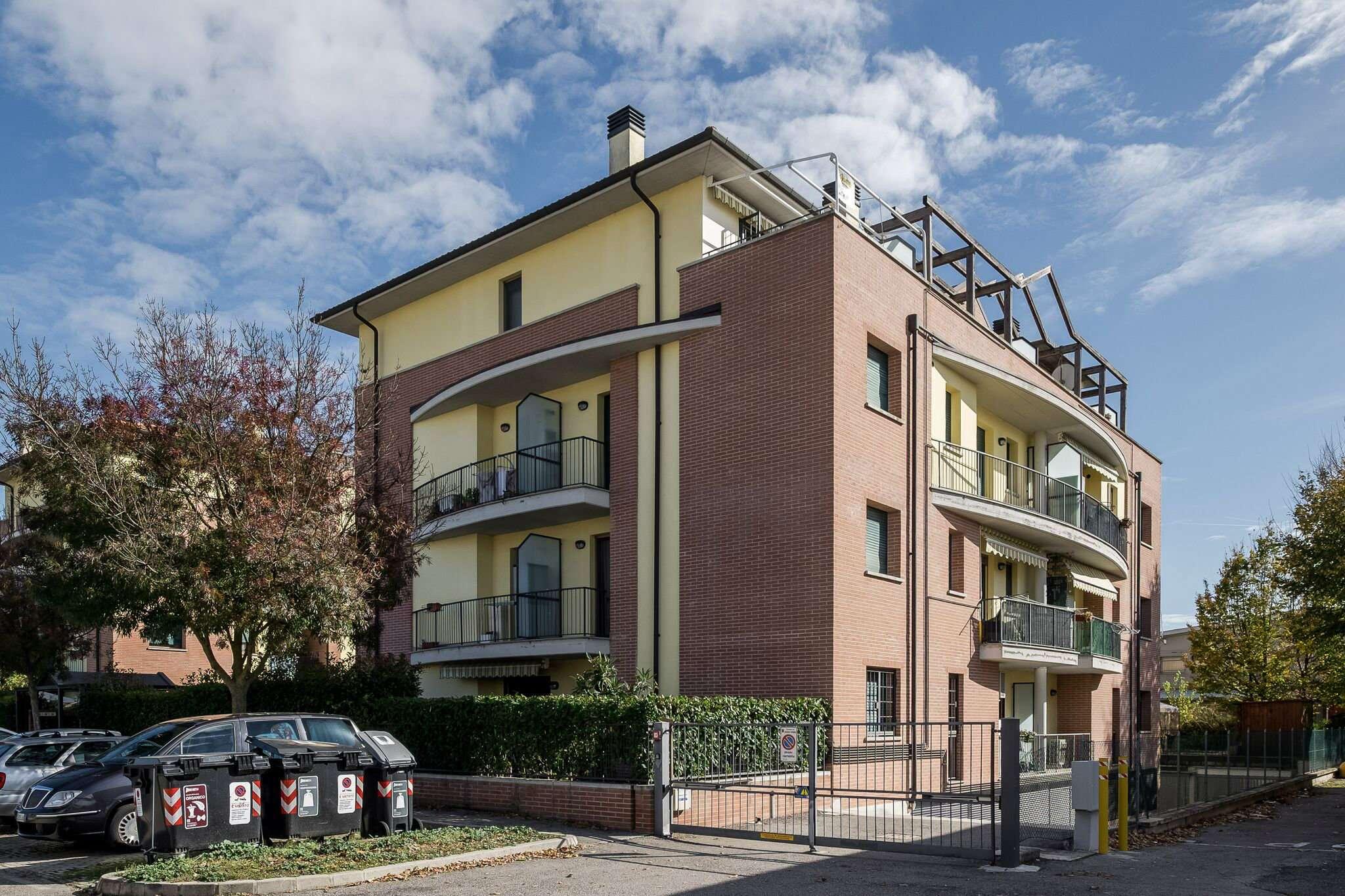 Appartamento in ottime condizioni in vendita Rif. 8594301