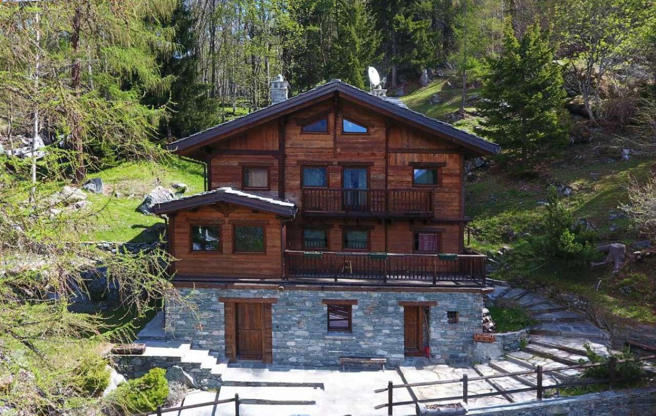 Villa ristrutturato arredato in vendita Rif. 7203302
