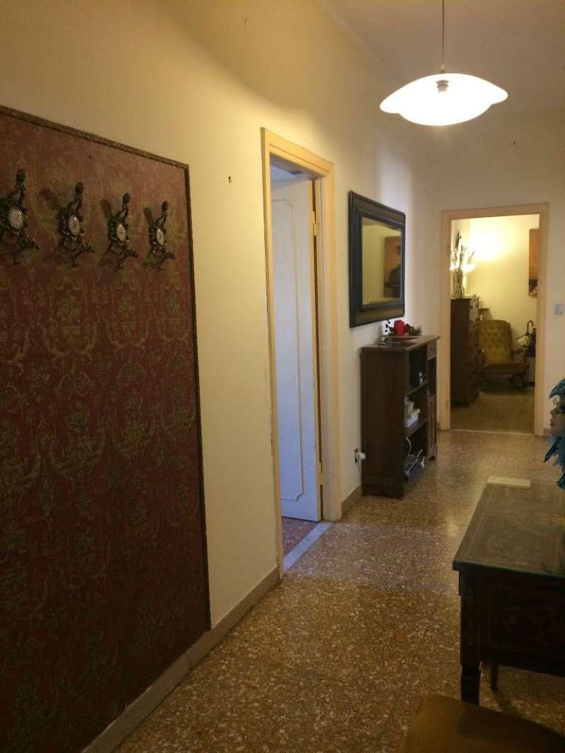 Stanza / posto letto in ottime condizioni arredato in affitto Rif. 8202352