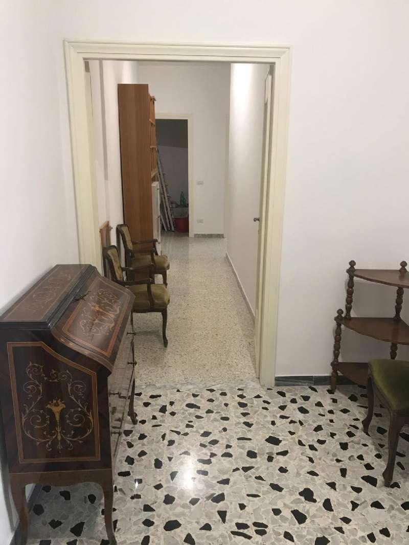 Appartamento ristrutturato arredato in affitto Rif. 8594351