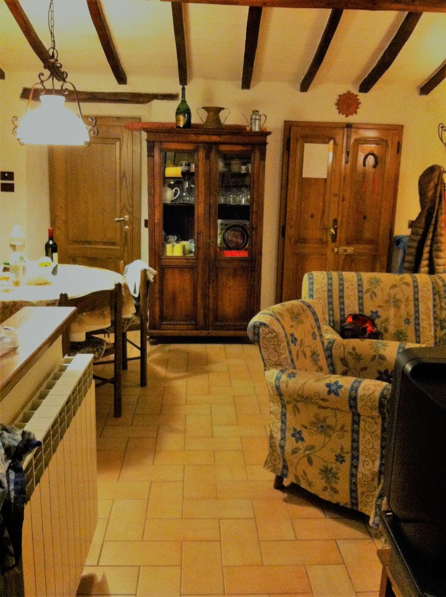 Casa Indipendente ristrutturato arredato in vendita Rif. 5589355