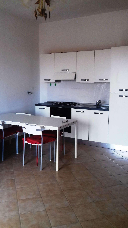 Appartamento in ottime condizioni arredato in affitto Rif. 7759334