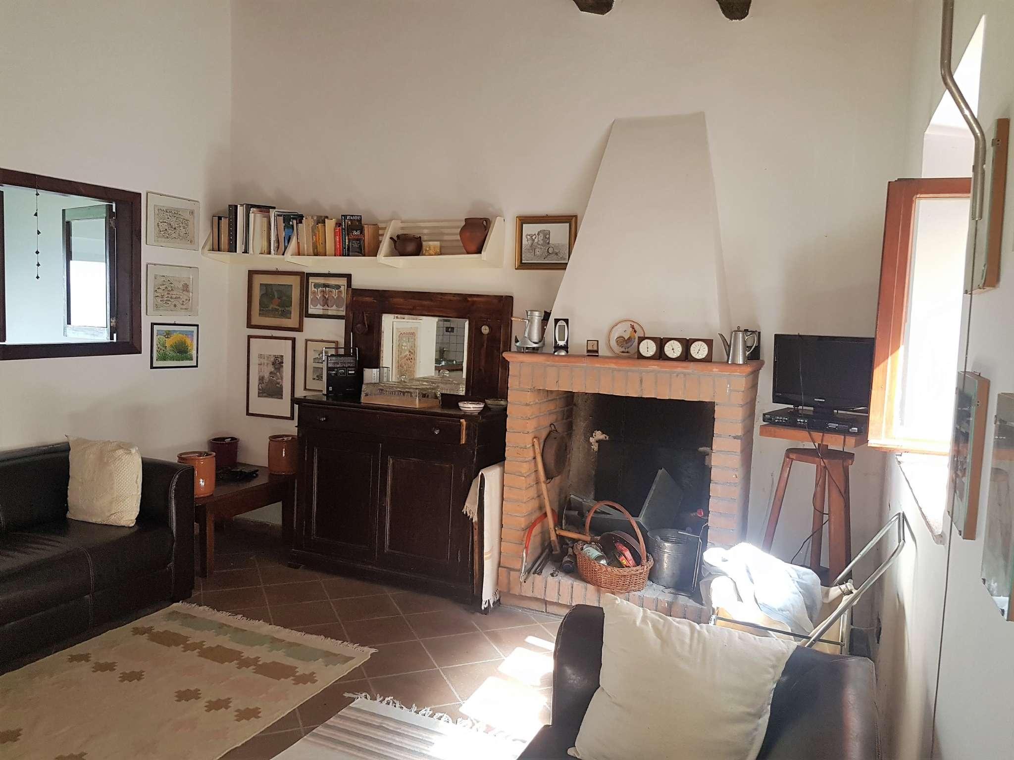 Palazzo / Stabile in vendita a Narni, 3 locali, prezzo € 48.000 | CambioCasa.it