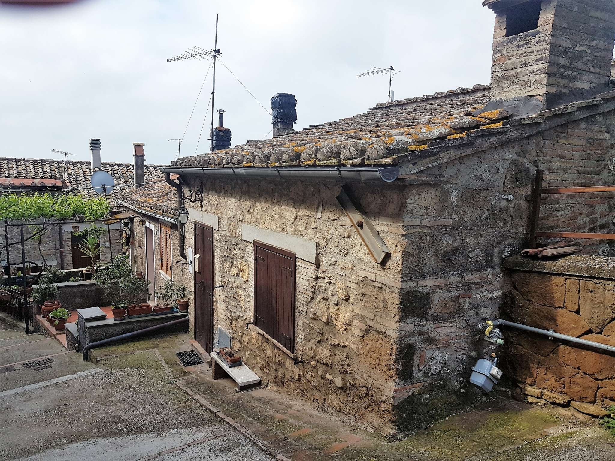 Casa Indipendente in ottime condizioni arredato in vendita Rif. 6450754