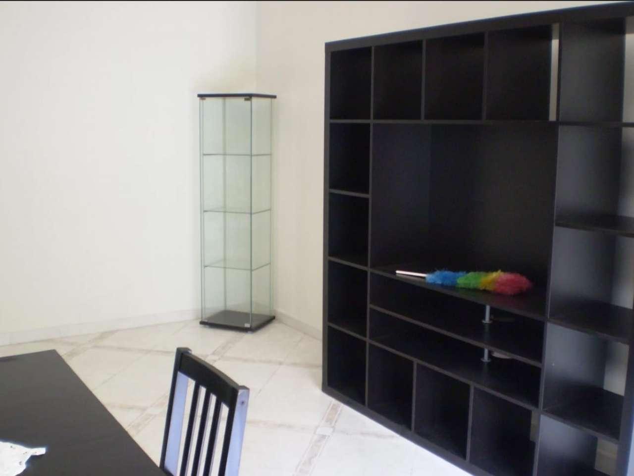 Appartamento in vendita a Roma, 2 locali, zona Zona: 13 . Tuscolano, Appio Claudio, Villa Lais, Quadraro, prezzo € 220.000   CambioCasa.it