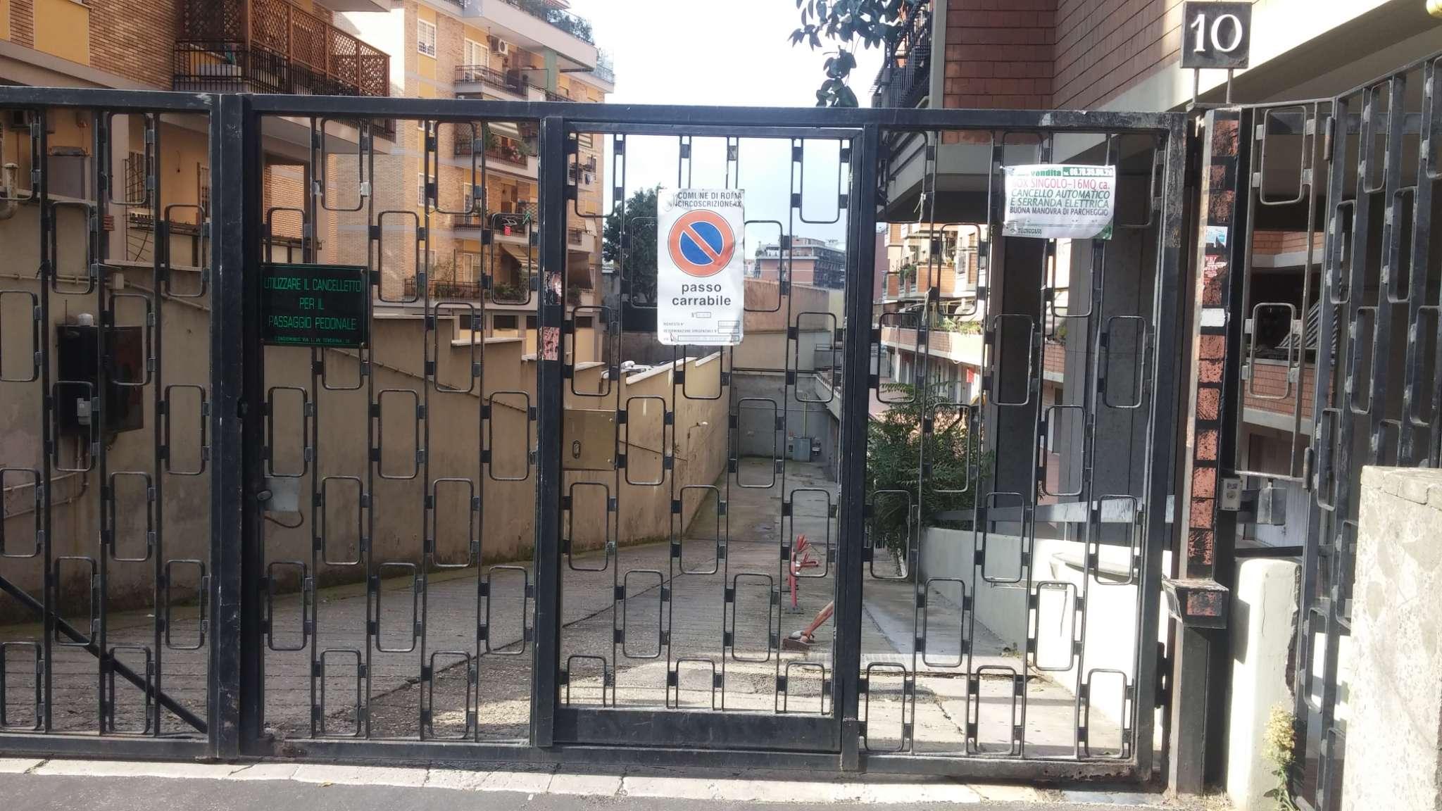 Box / Garage in vendita a Roma, 1 locali, zona Zona: 16 . Appia nuova - Alberone - Colli Albani, prezzo € 18.000 | CambioCasa.it