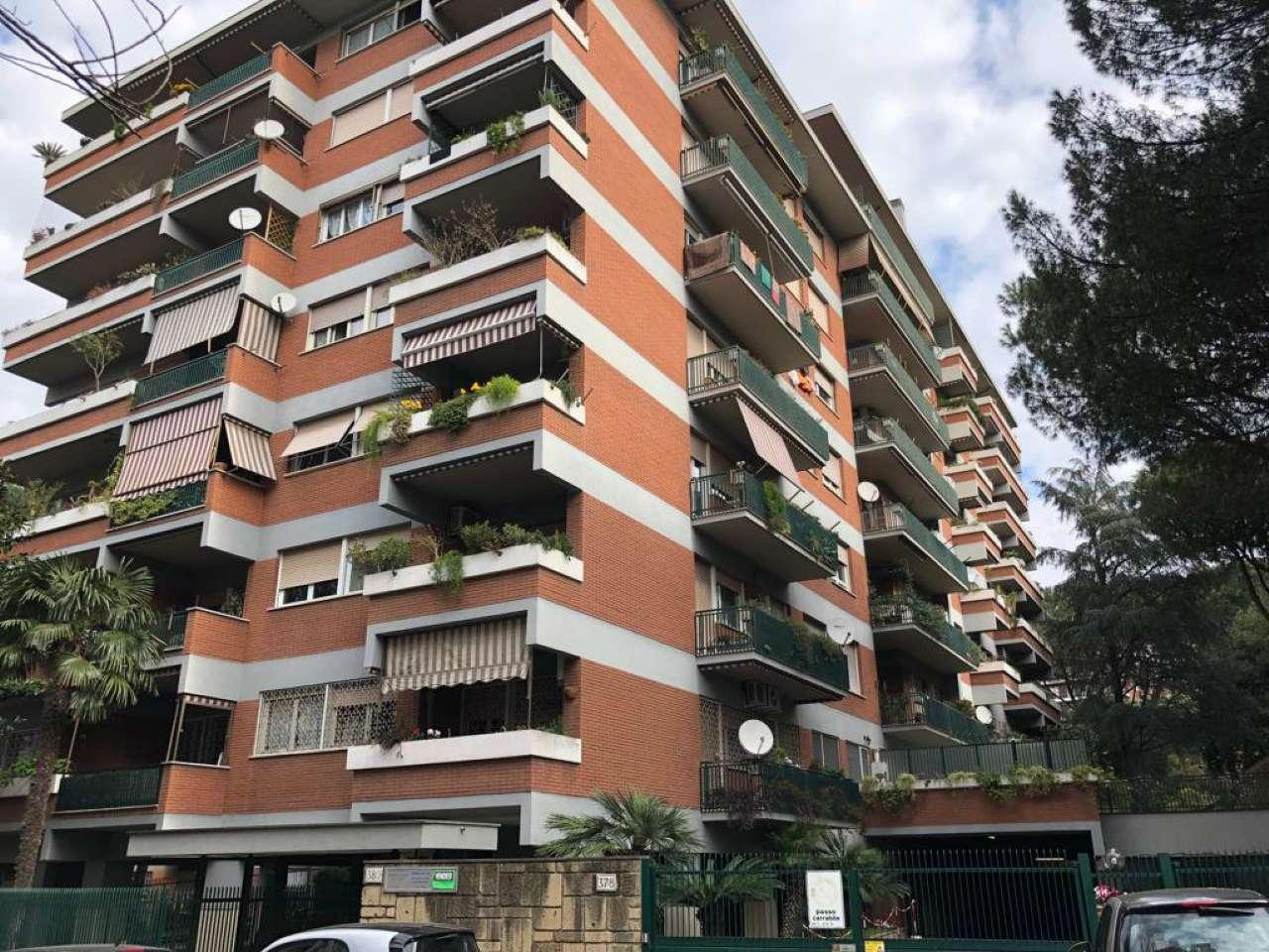 Appartamento in vendita a Roma, 4 locali, zona Zona: 22 . Eur - Torrino - Spinaceto, prezzo € 565.000   CambioCasa.it