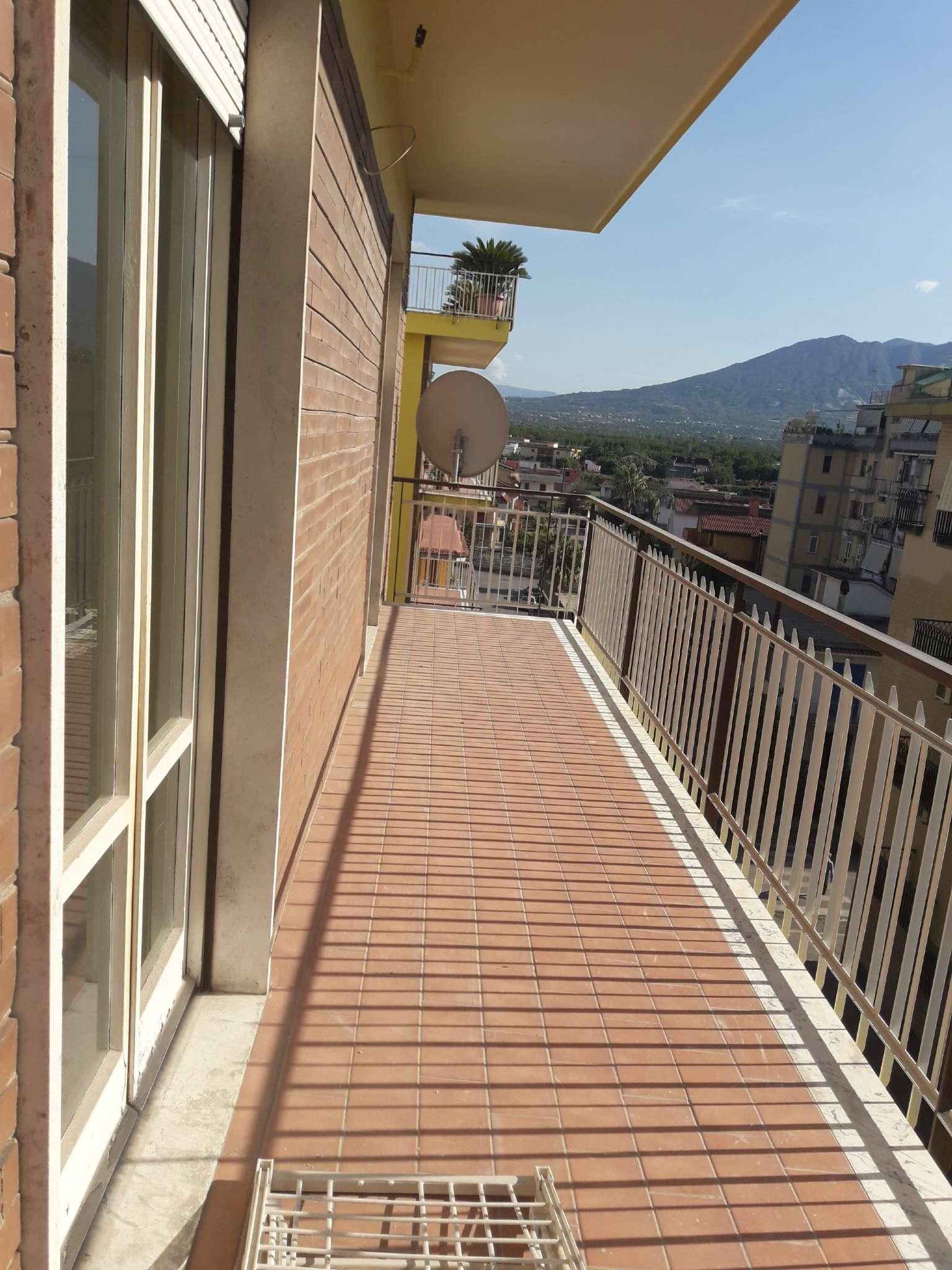 Appartamento da ristrutturare in vendita Rif. 7759348
