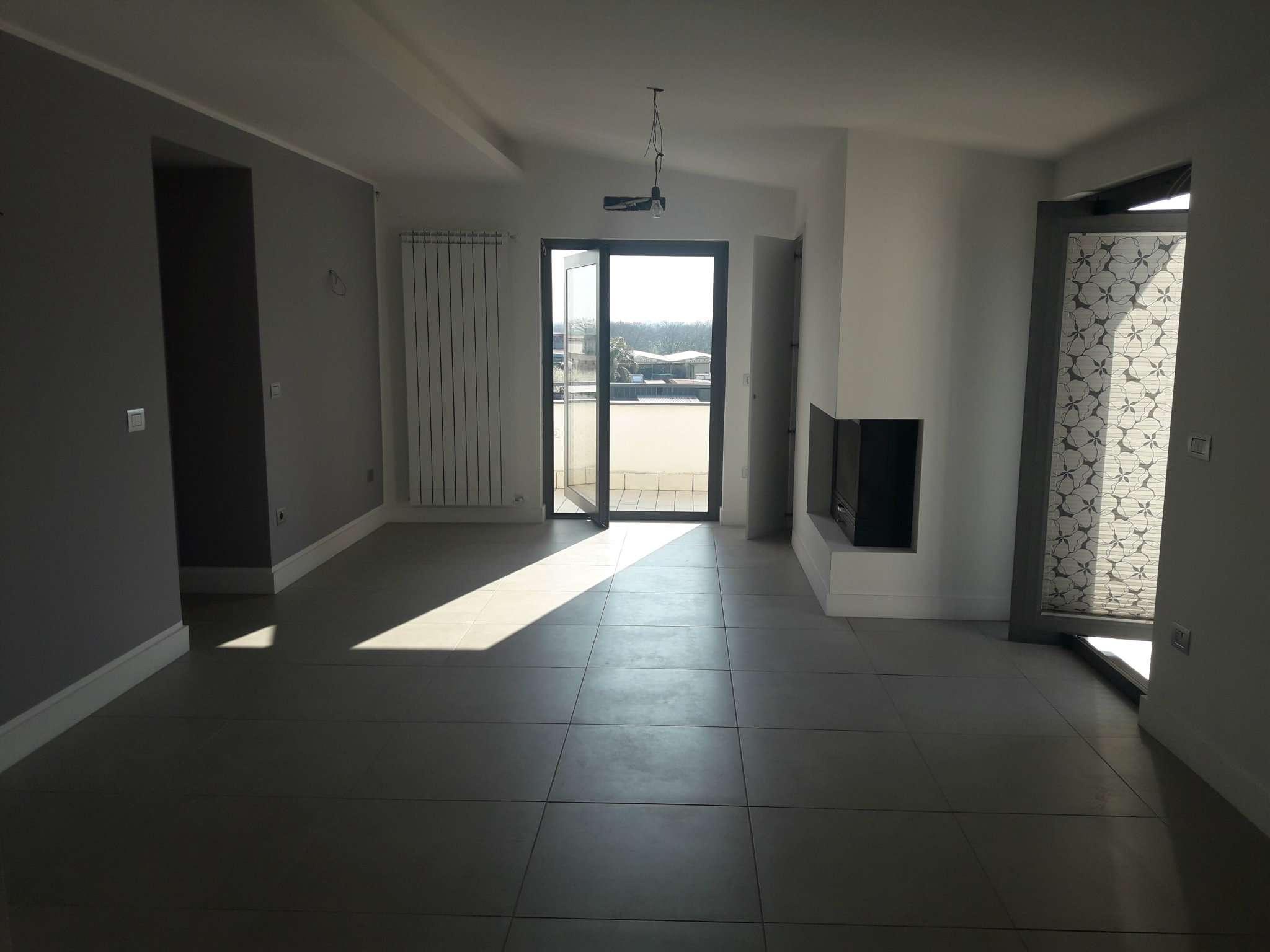 Appartamento ristrutturato in vendita Rif. 5823382