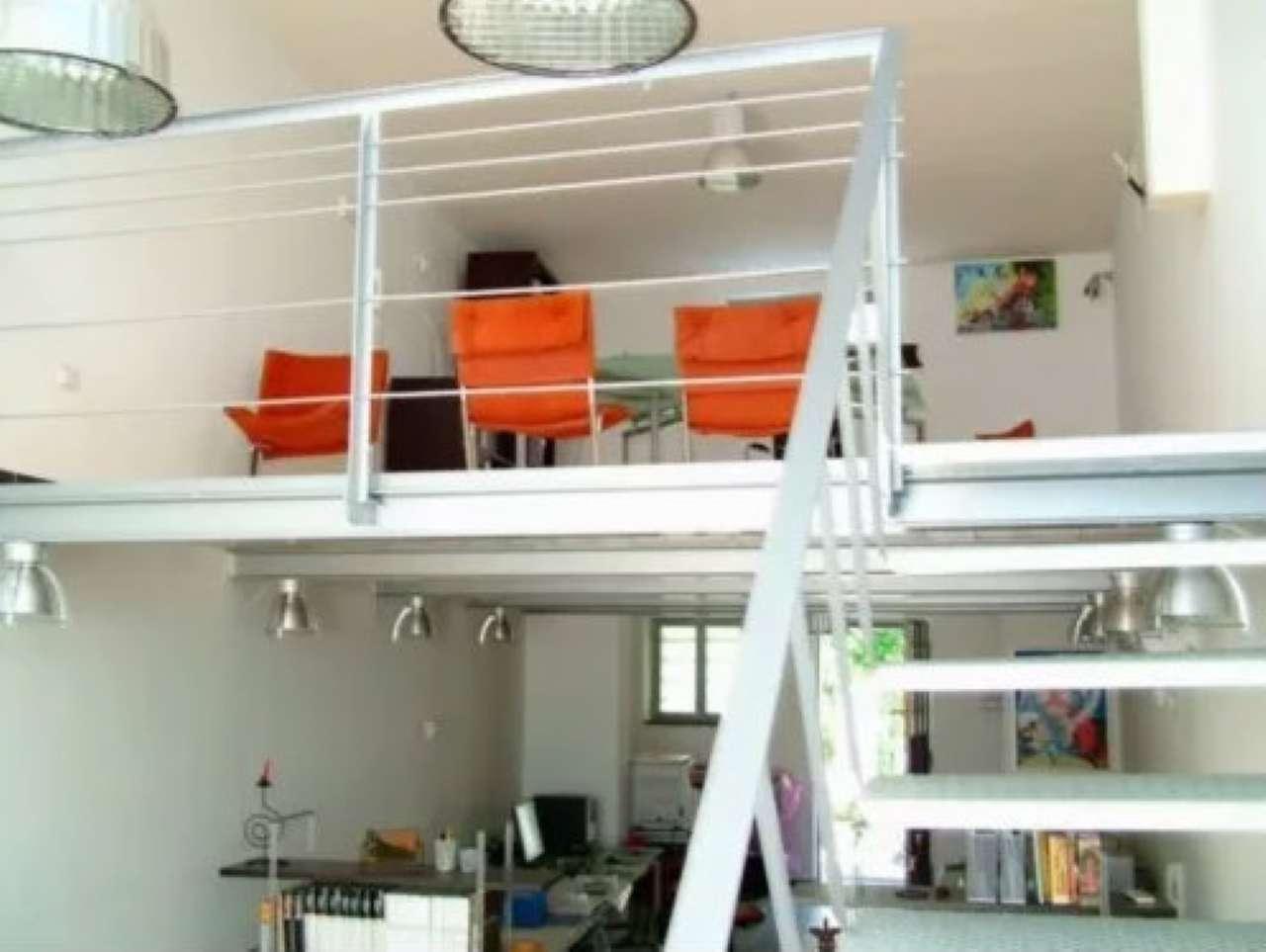 Ufficio / Studio in affitto a Saviano, 2 locali, prezzo € 450 | CambioCasa.it