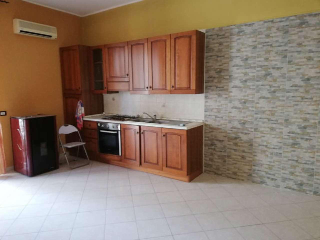 Appartamento in buone condizioni in vendita Rif. 7848598