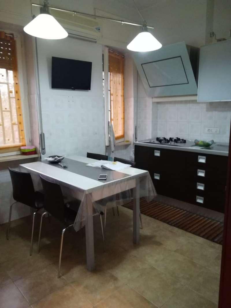 Appartamento ristrutturato in affitto Rif. 8111939
