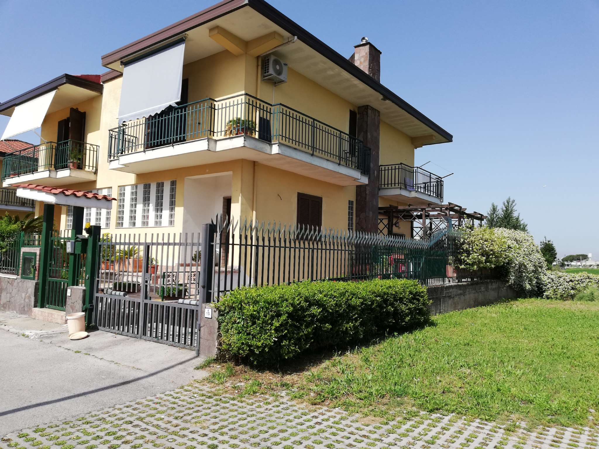 Soluzione Semindipendente in vendita a Mariglianella, 6 locali, prezzo € 360.000 | CambioCasa.it