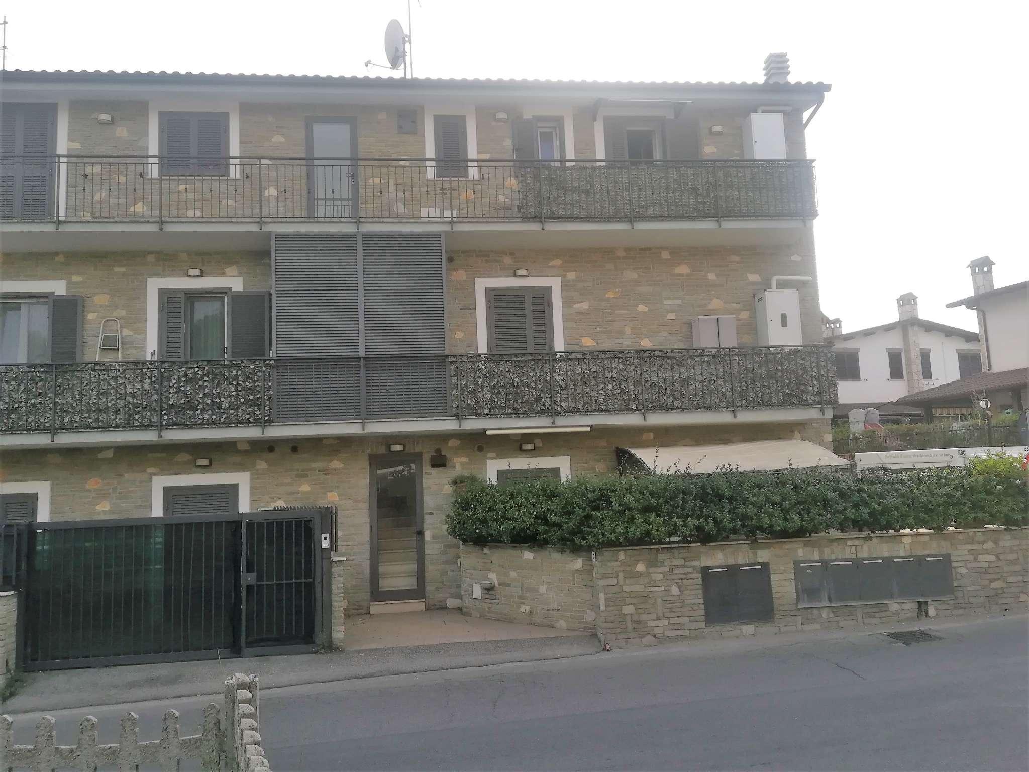 Appartamento ristrutturato arredato in vendita Rif. 7848600