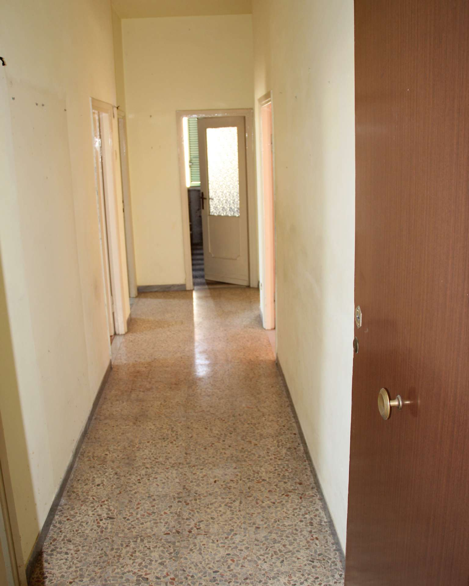 Appartamento in vendita a Mazzano Romano, 4 locali, prezzo € 69.000 | CambioCasa.it