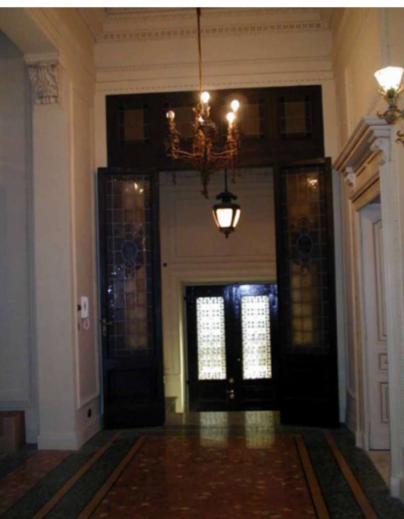 Stabile / Palazzo in vendita Rif. 8849043