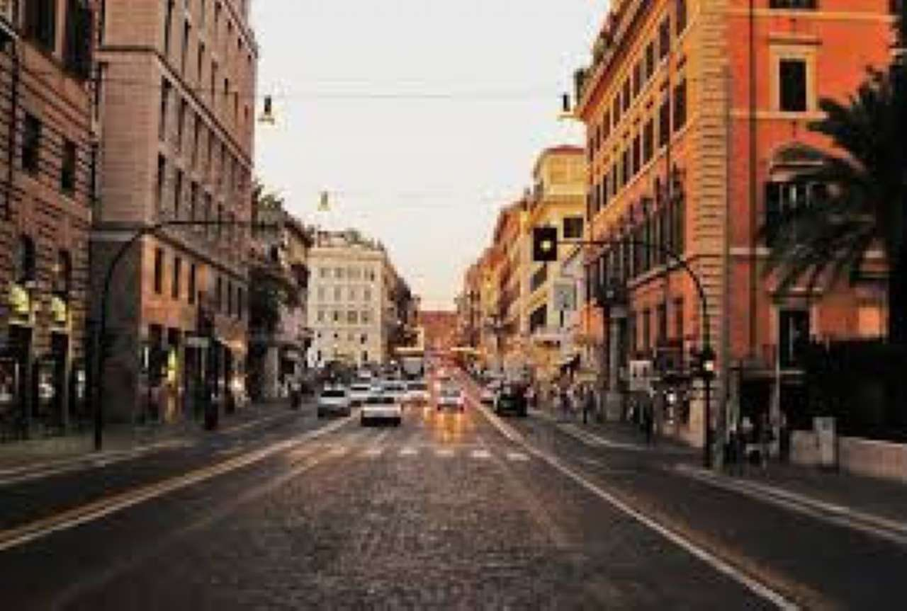 Negozio / Locale in affitto a Roma, 3 locali, zona Zona: 1 . Centro storico, prezzo € 60.000 | CambioCasa.it