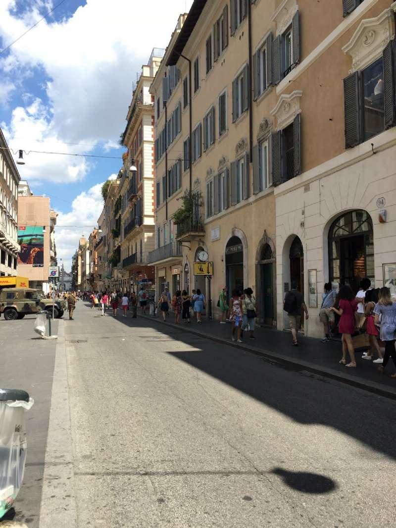Negozio / Locale in affitto a Roma, 1 locali, zona Zona: 1 . Centro storico, prezzo € 20.000 | CambioCasa.it