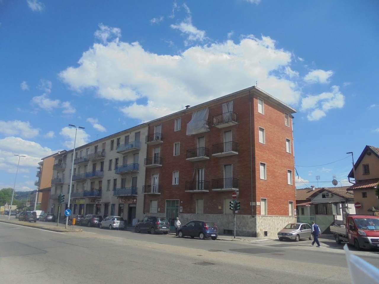 Immagine immobiliare Zona Barca Strada San Mauro ottima vista tripla esposizione 2° piano ingresso soggiorno con angolo cottura camera cameretta bagno. VERO AFFARE.