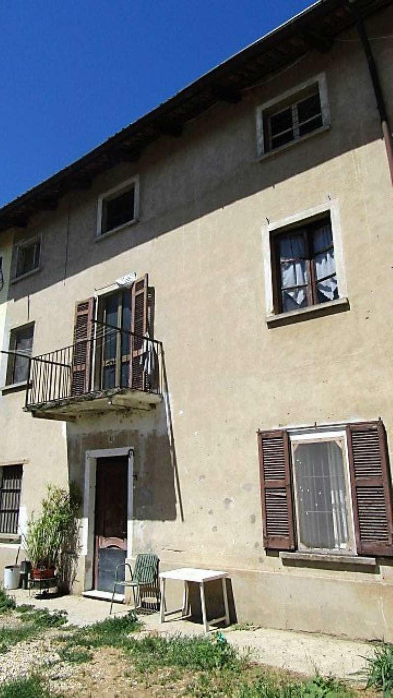 Rustico / Casale in vendita a Sartirana Lomellina, 3 locali, prezzo € 40.000 | CambioCasa.it