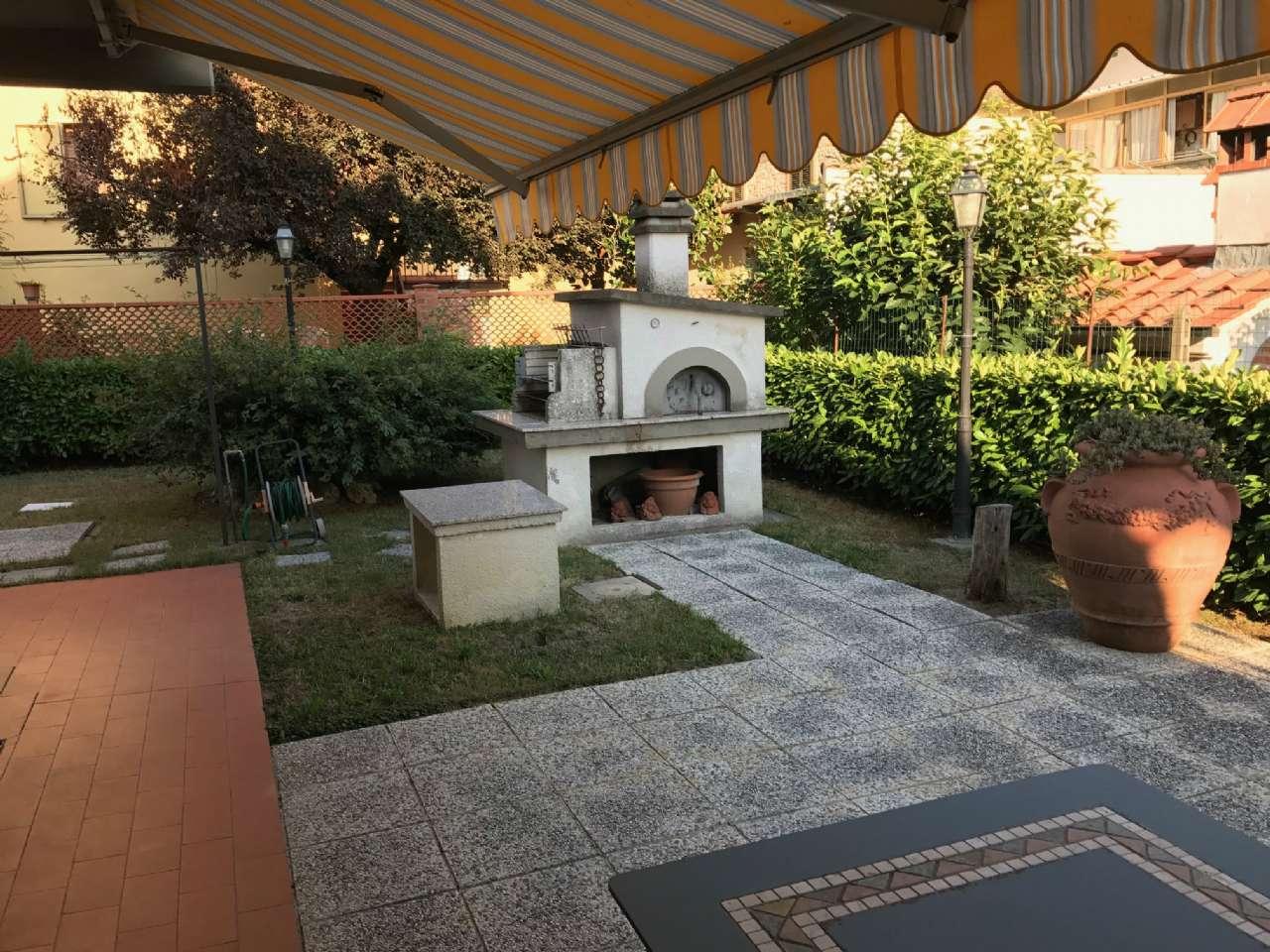 Villetta a schiera in buone condizioni in vendita Rif. 5018569