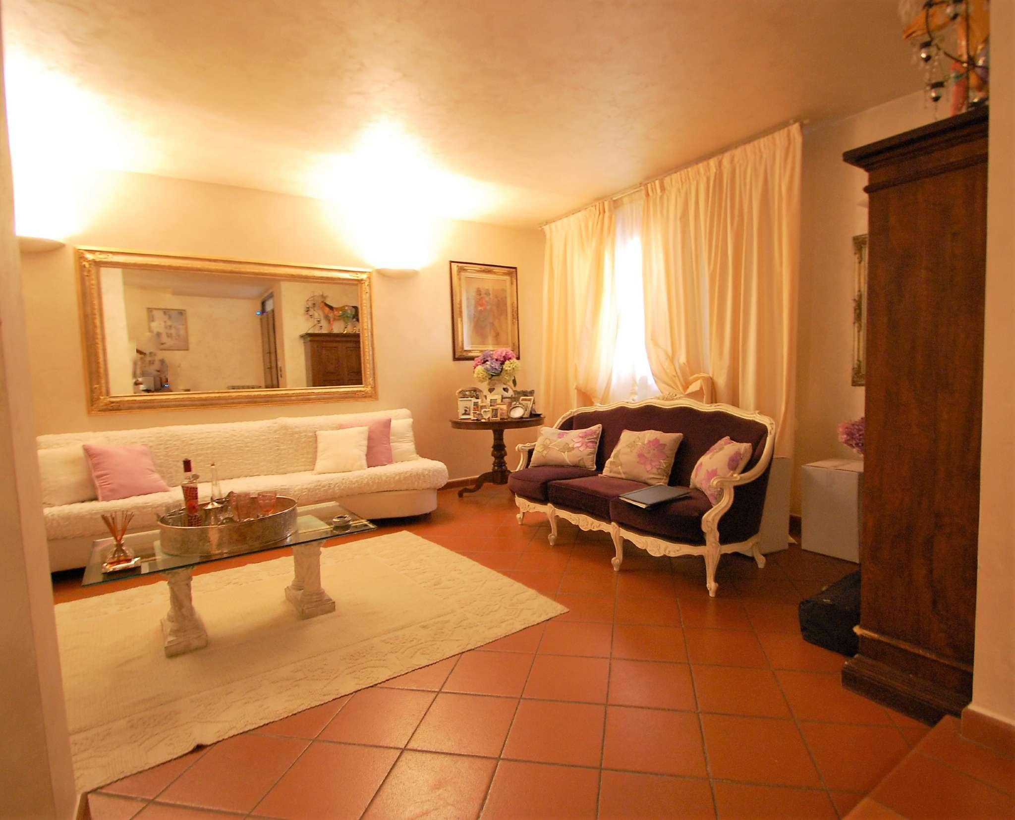 Villetta a schiera in ottime condizioni in vendita Rif. 7873622