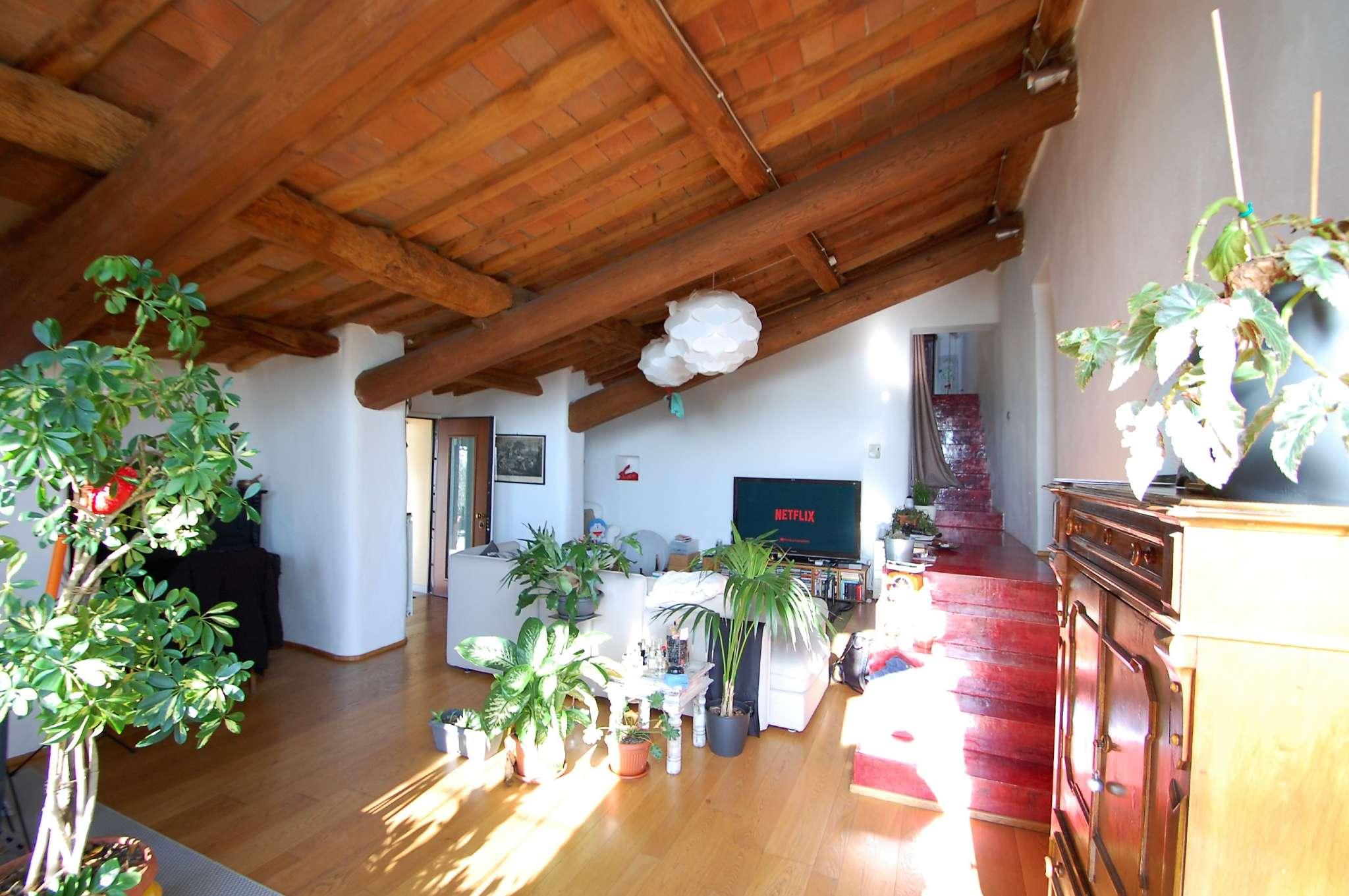 Appartamento in vendita a Prato, 6 locali, prezzo € 750.000 | PortaleAgenzieImmobiliari.it