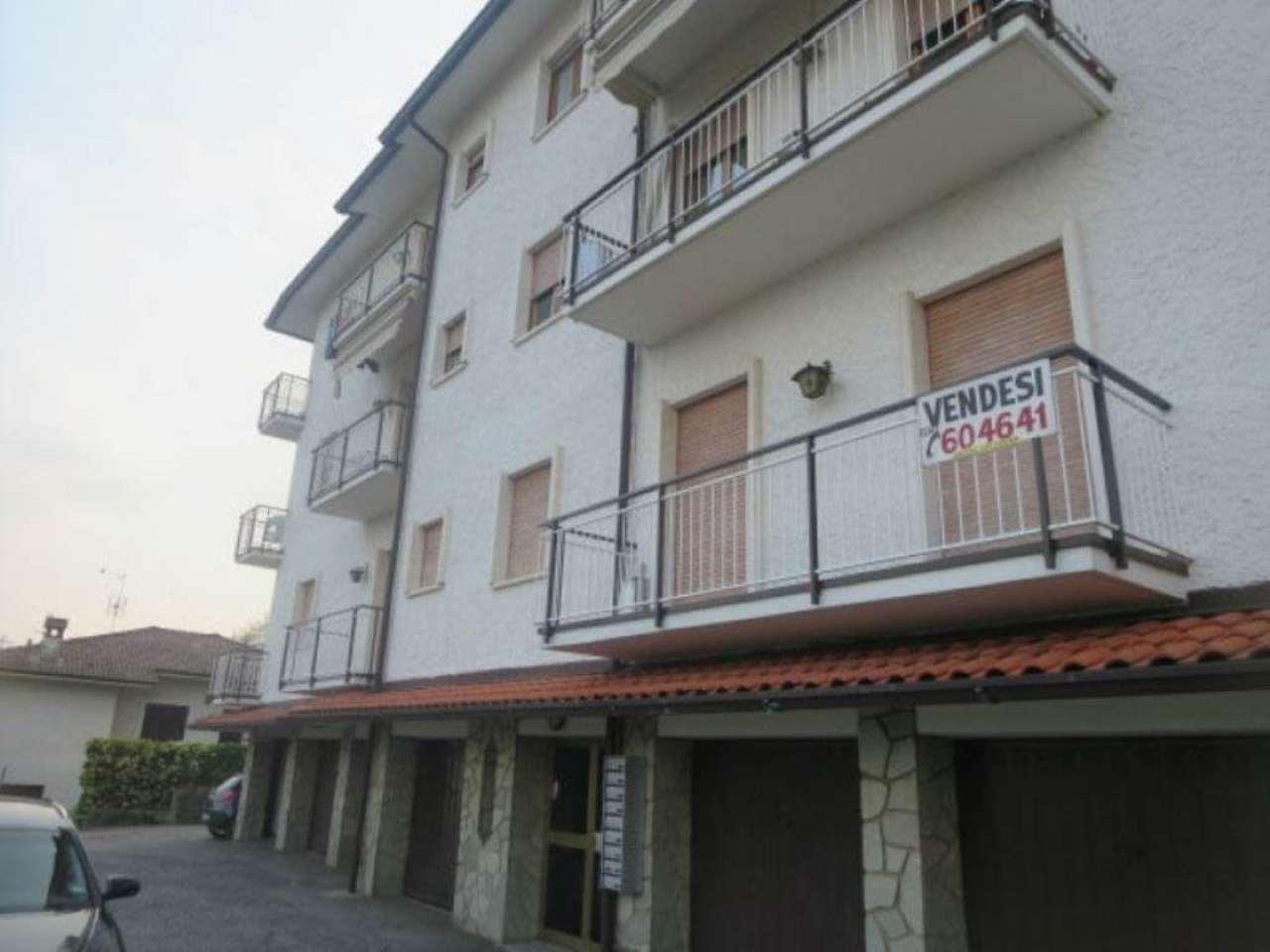 Appartamento in discrete condizioni in vendita Rif. 5018773
