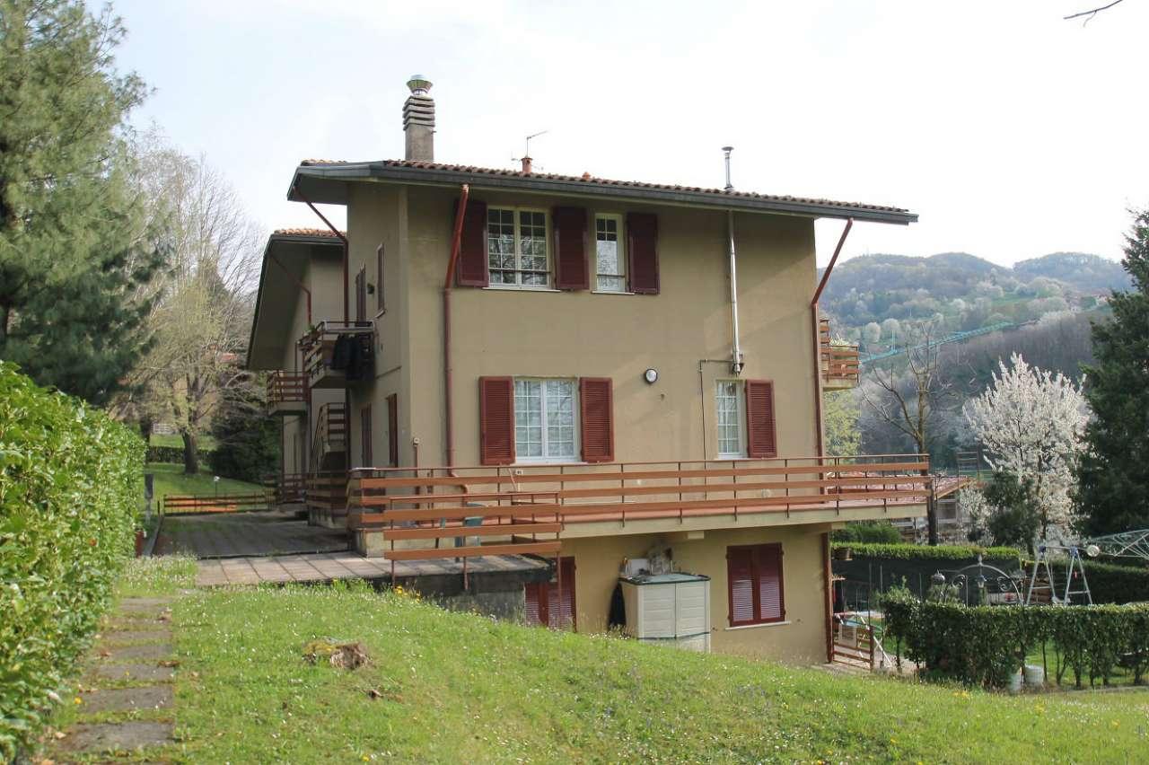 Appartamento in buone condizioni in vendita Rif. 5018827