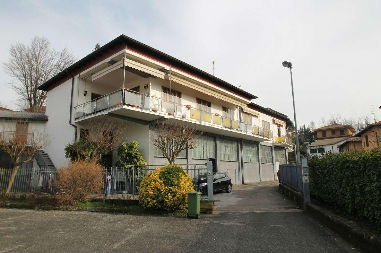 Appartamento trilocale con mansarda e terrazzo a Bosisio Parini