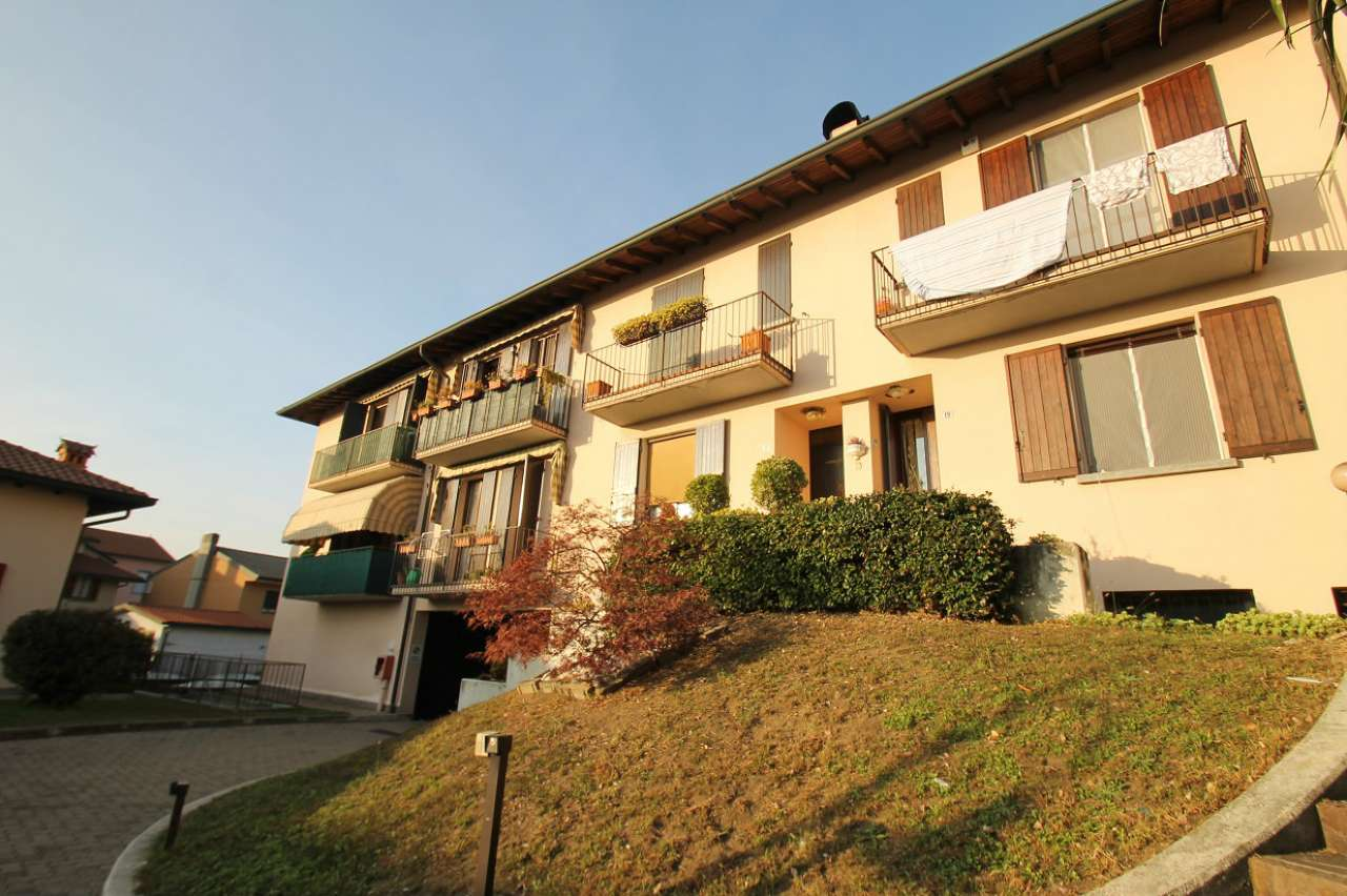 Appartamento in buone condizioni in vendita Rif. 5908126