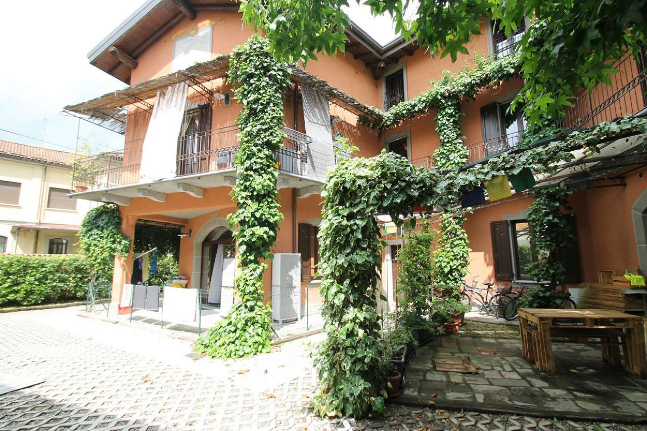 Appartamento in buone condizioni in vendita Rif. 6775245
