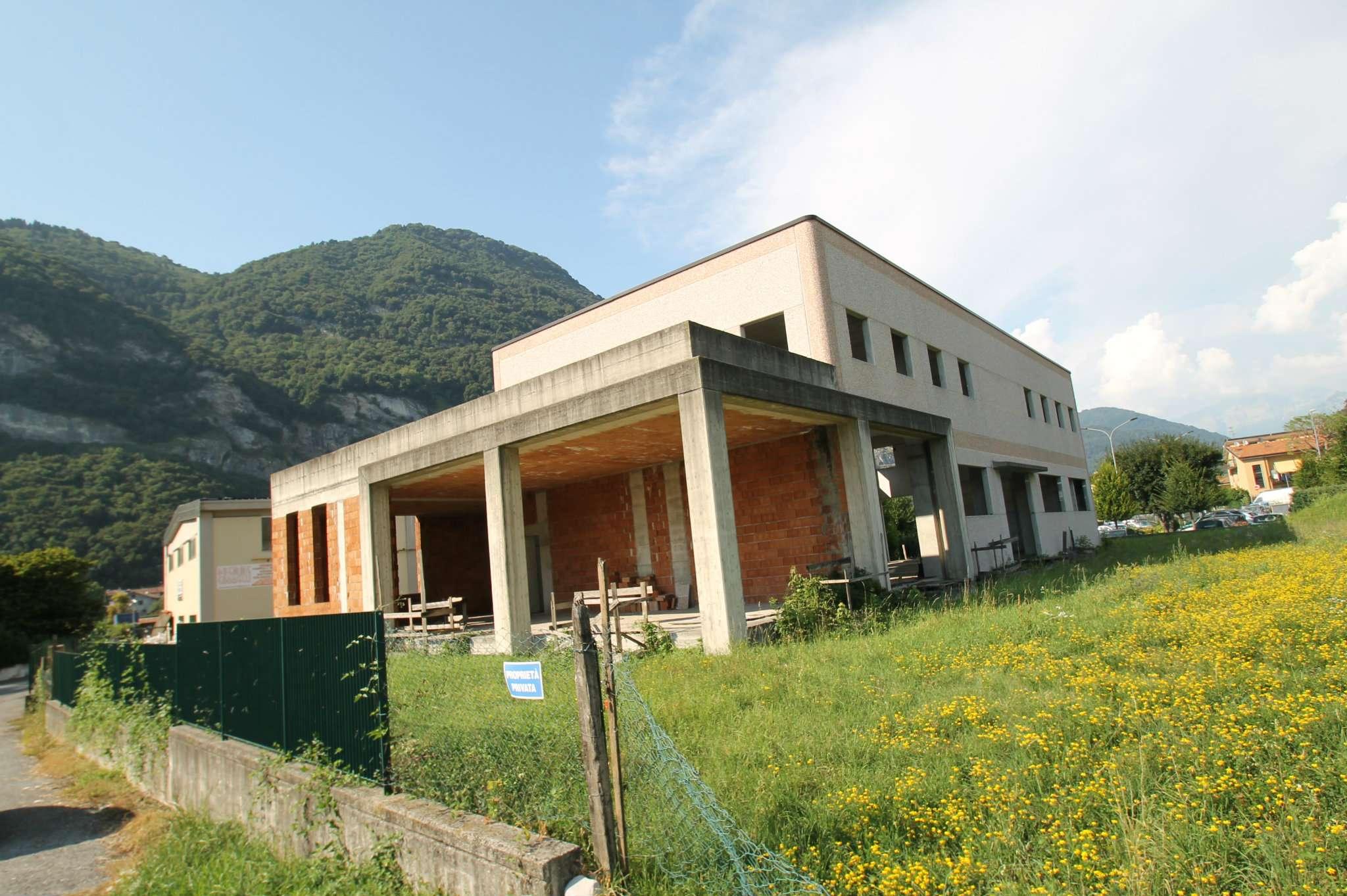 Capannone in vendita a Castelmarte, 9999 locali, prezzo € 649.000 | CambioCasa.it