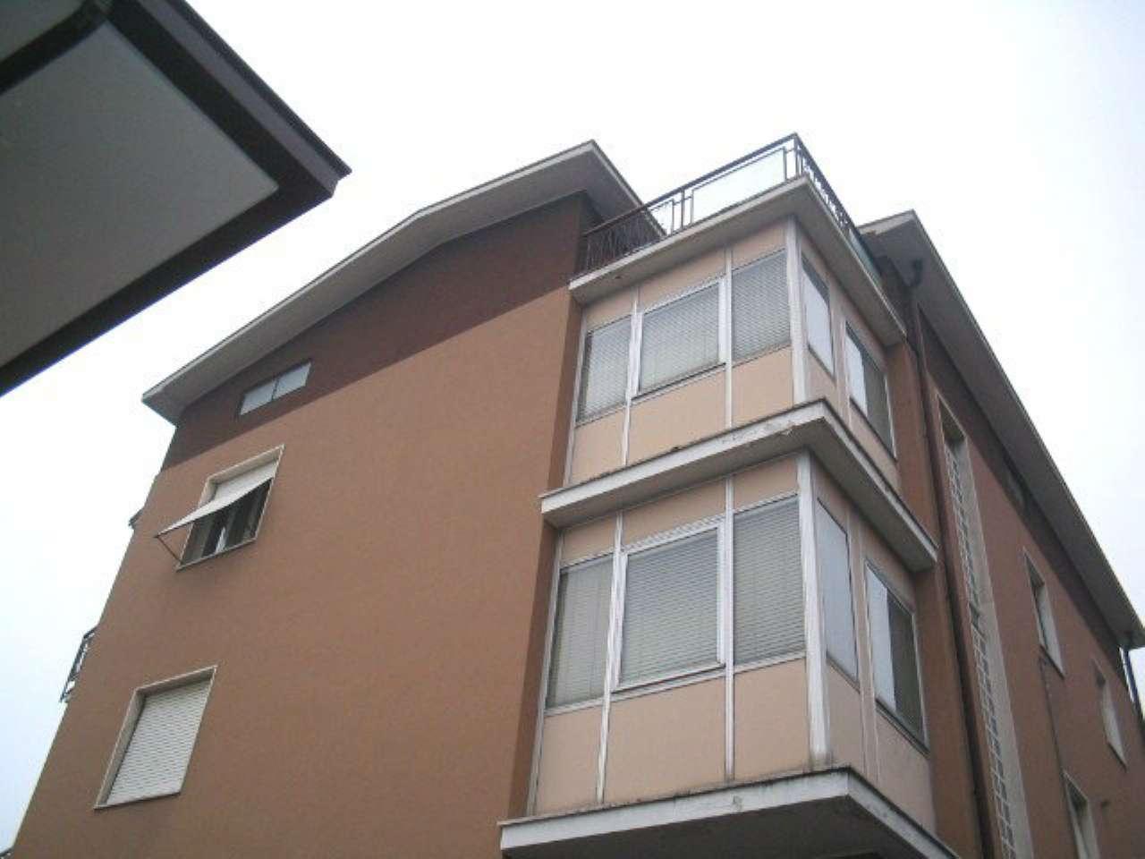 Appartamento in buone condizioni in vendita Rif. 8315593