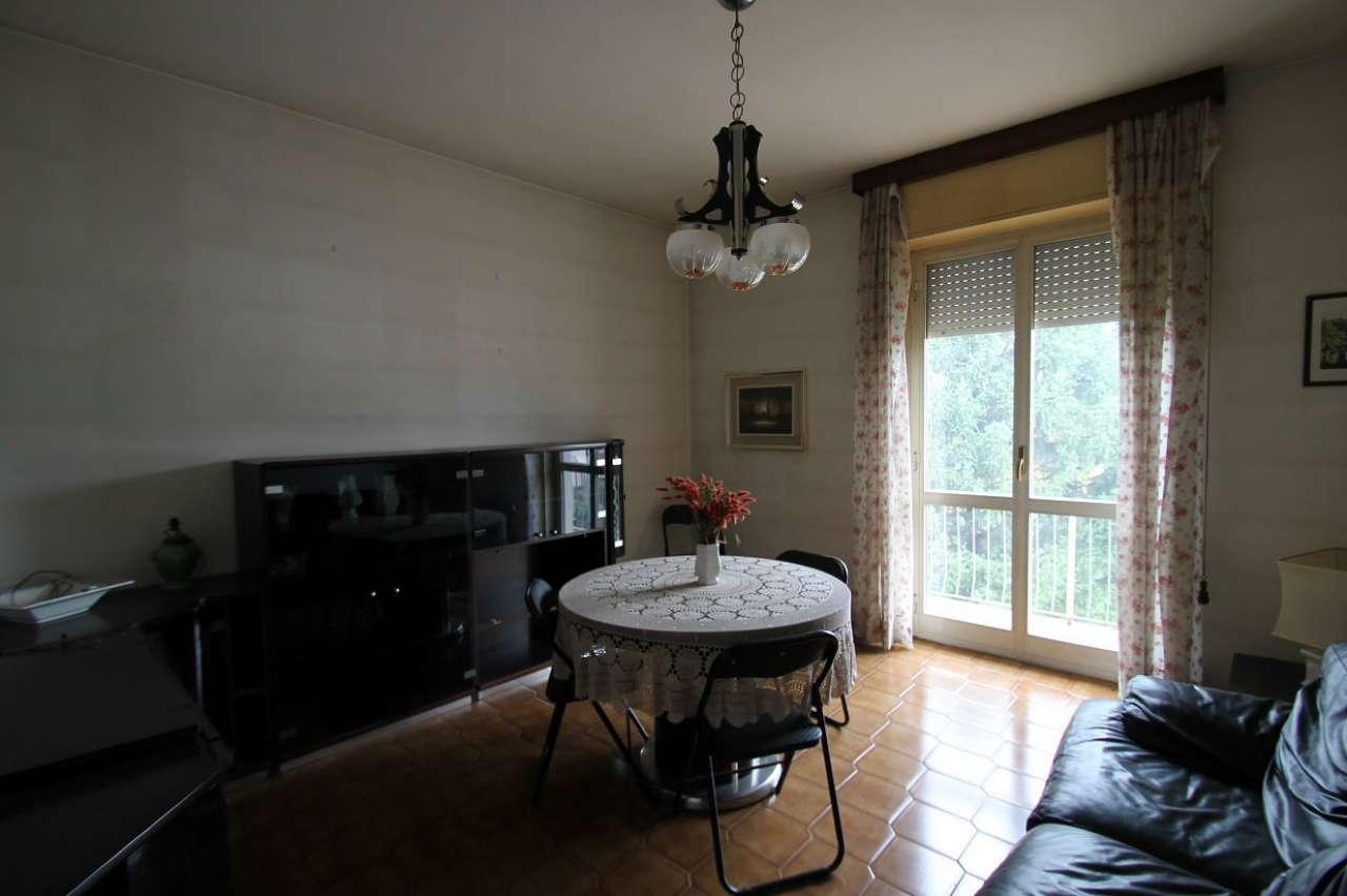 Appartamento in buone condizioni in vendita Rif. 8594423