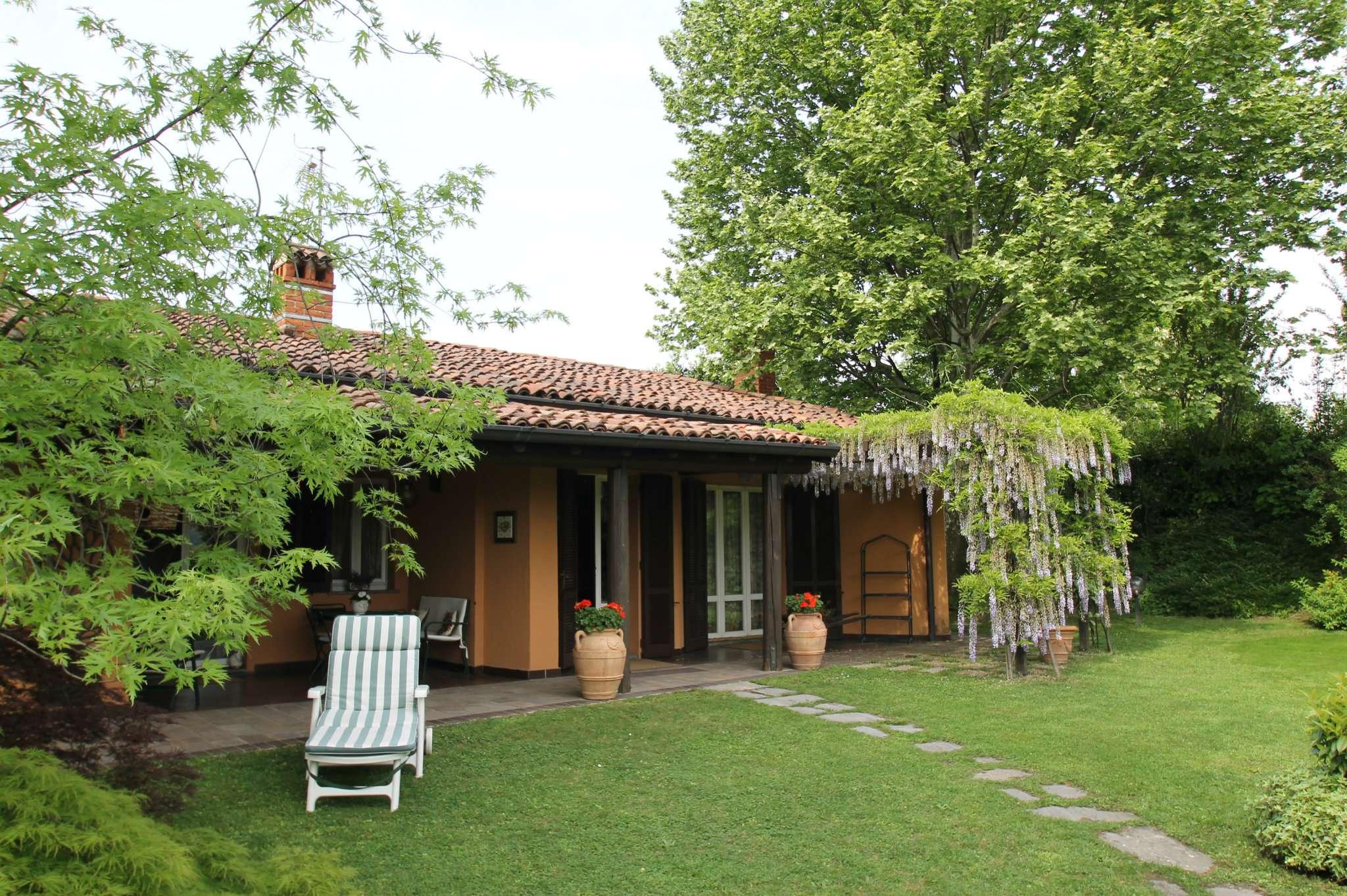 Prestigiosa villa in vendita Dosso di Coroldo Molteno Bosisio Parini