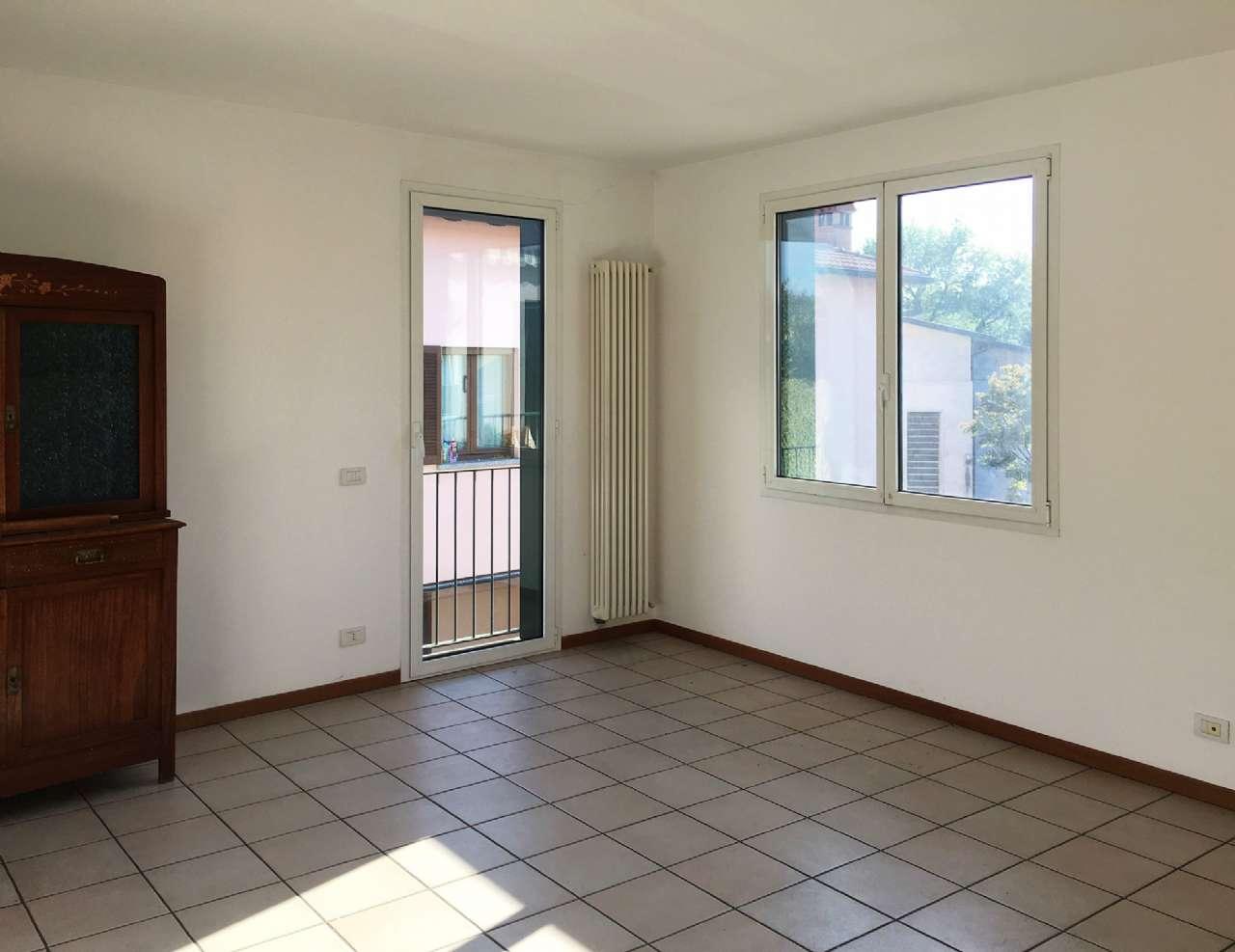 Appartamento ristrutturato in affitto Rif. 5019415