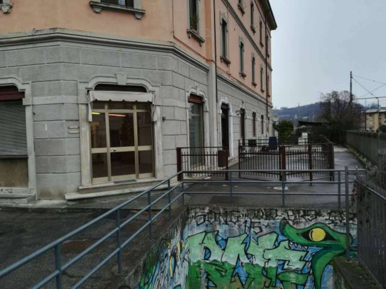 Negozio / Locale in vendita a Cantù, 2 locali, prezzo € 50.000 | PortaleAgenzieImmobiliari.it